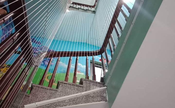 lưới an toàn cầu thang tại TPHCM, nhà cao tầng, nhà chung cư, trường học, nhà trẻ mầm non, ban công, cầu thang